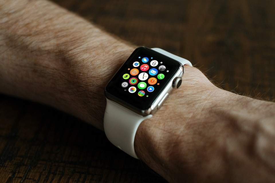 Operators Hit Market with iGaming Apple Watch Apps
