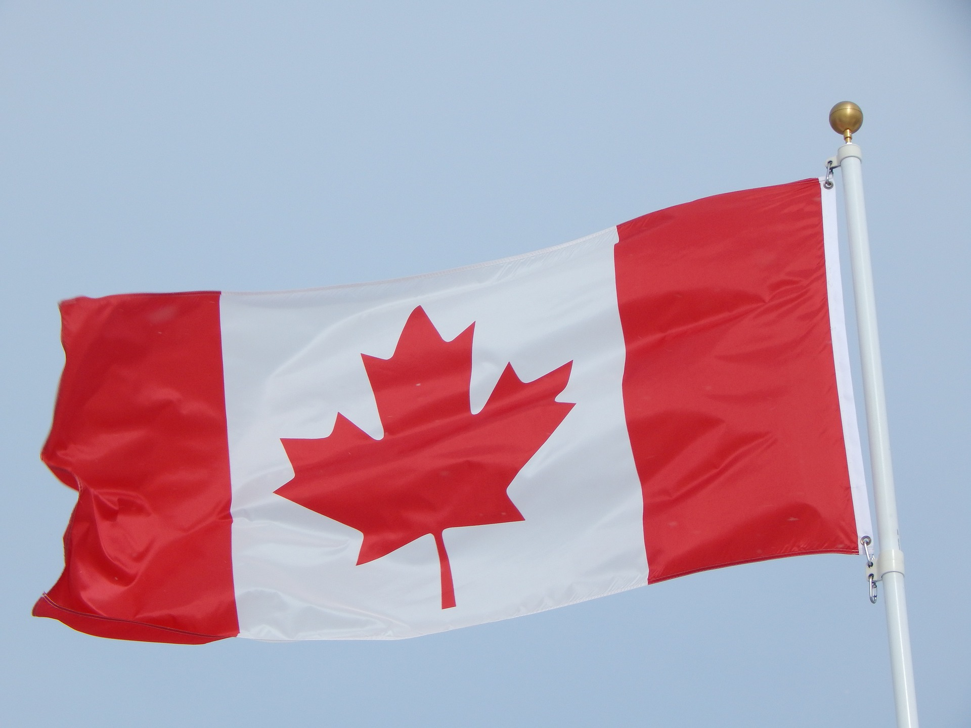 Canadian lawmakers approve single game sports betting