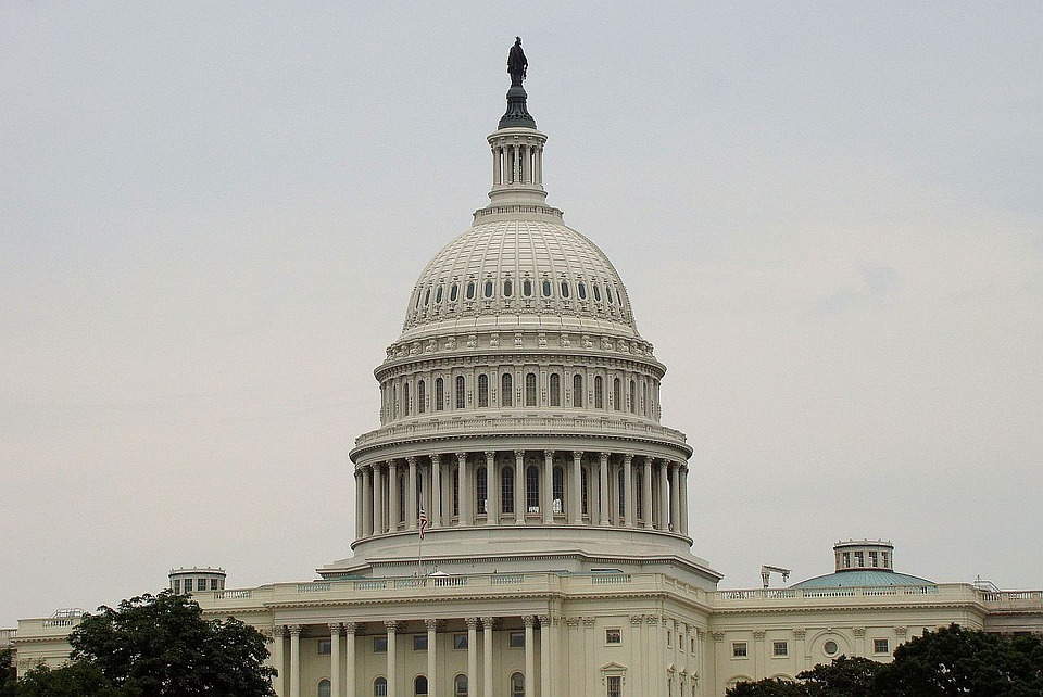 Harry Reid Flip Flops on Regulated, American Internet Gambling
