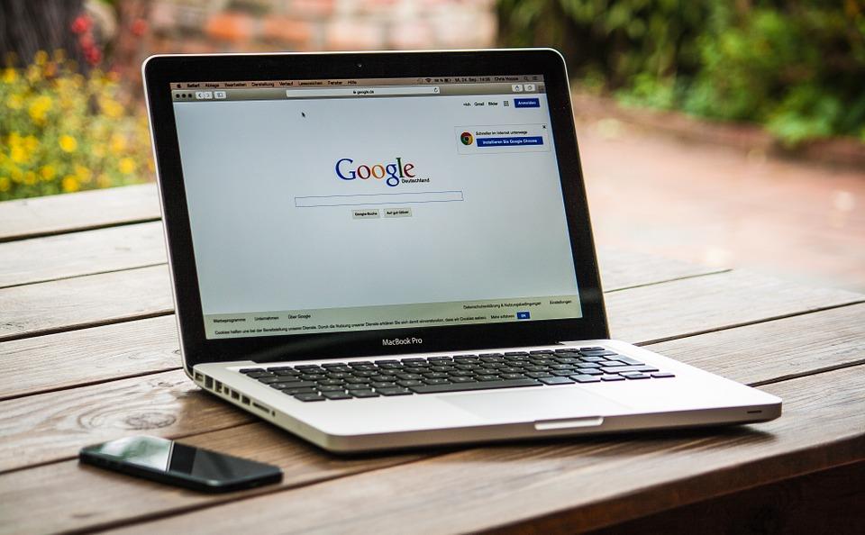 Google Advice: Avoid Link Building