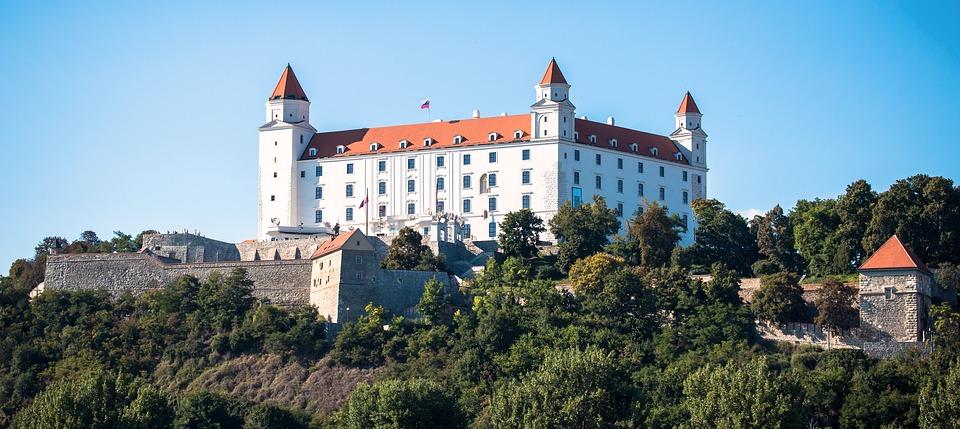 Slovakian Government Blacklists 10 Gambling Operators