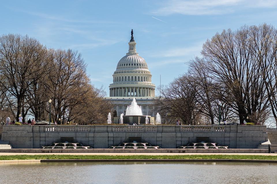 Draft Senate bill takes gambling decisions away from US States