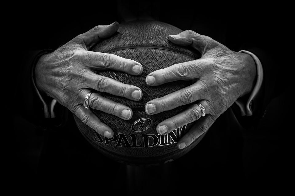 NBA threatens to cut off sports betting data