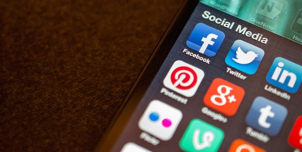 Is Social Advertising Replacing Search?